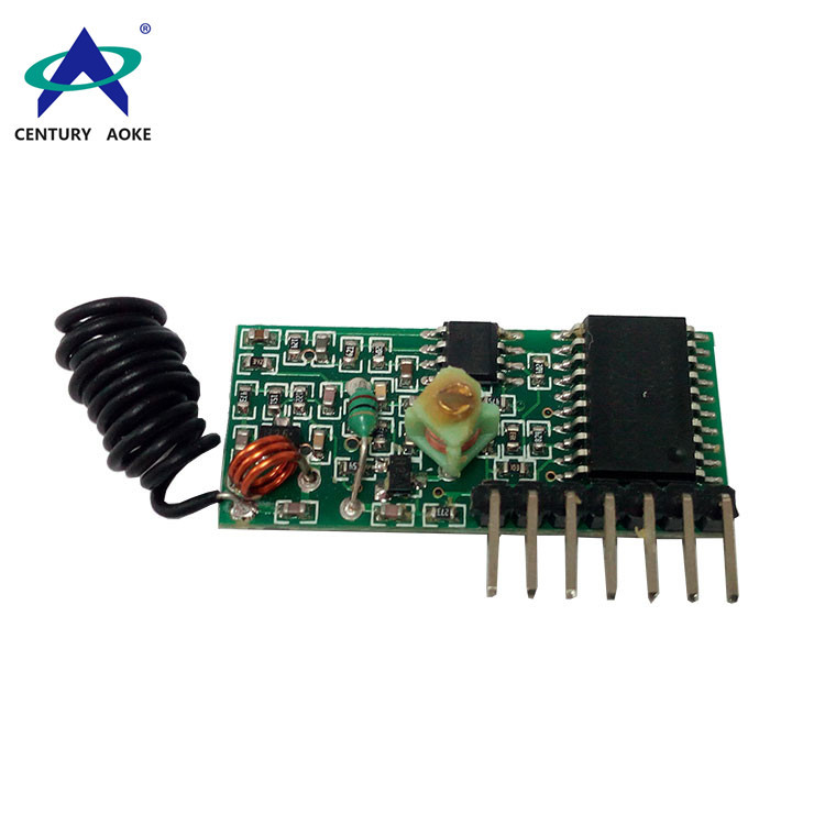 Superregenerative receiver module with decoding